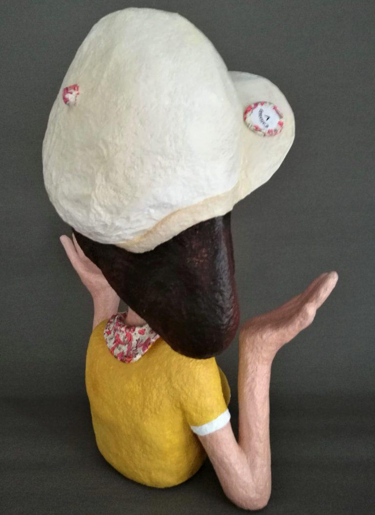 Handgefertigte Büste aus Pappmachché