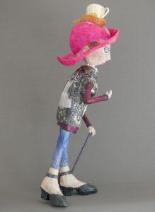 Skulptur handgefertigt aus Pappmachee