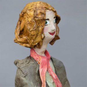 Jasmin Skulptur aus Pappmachee 4