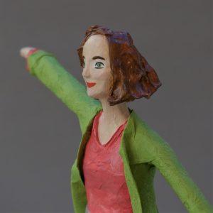 Vanessa, Figur aus Pappmaché